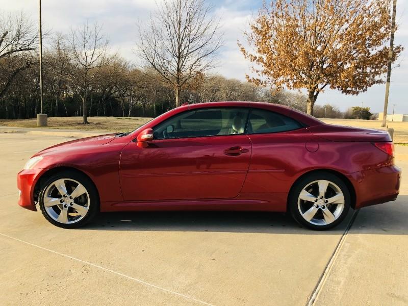 Lexus IS 250C 2010 price $7,995