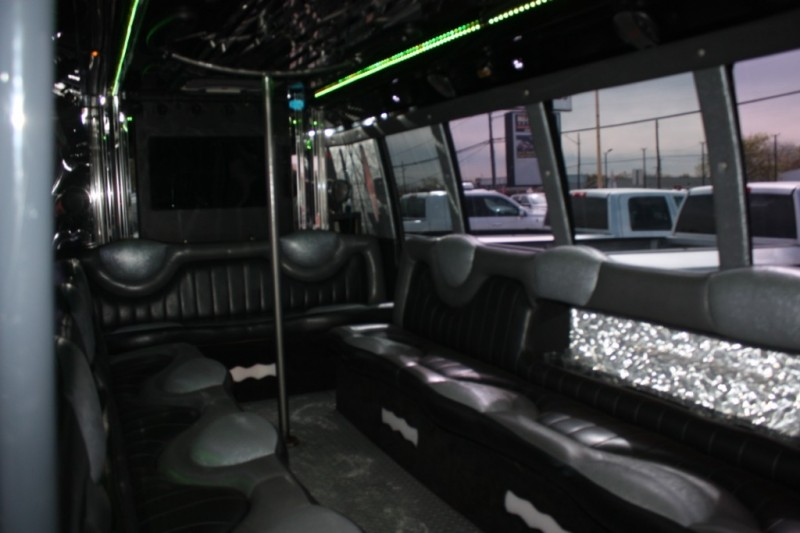 Ford Econoline Commercial Cutaway 2008 price $18,800
