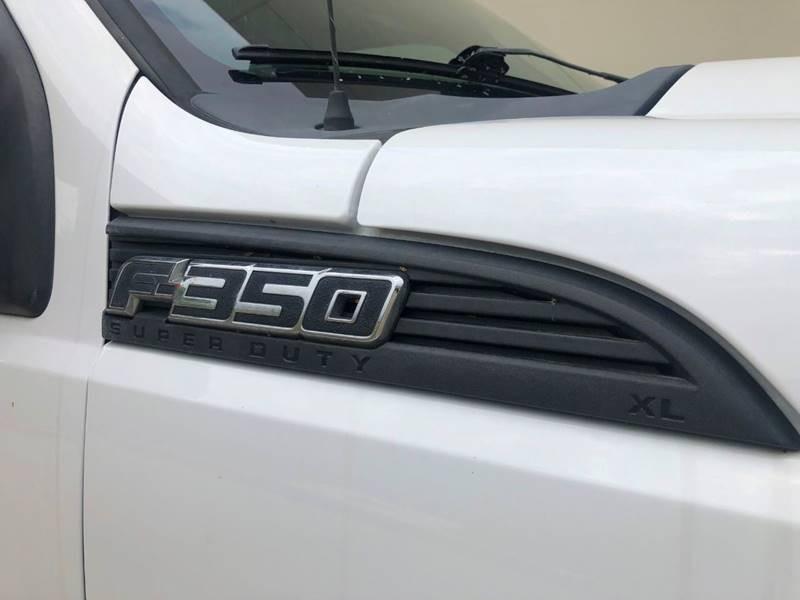 Ford F-350 Super Duty 2011 price $16,800