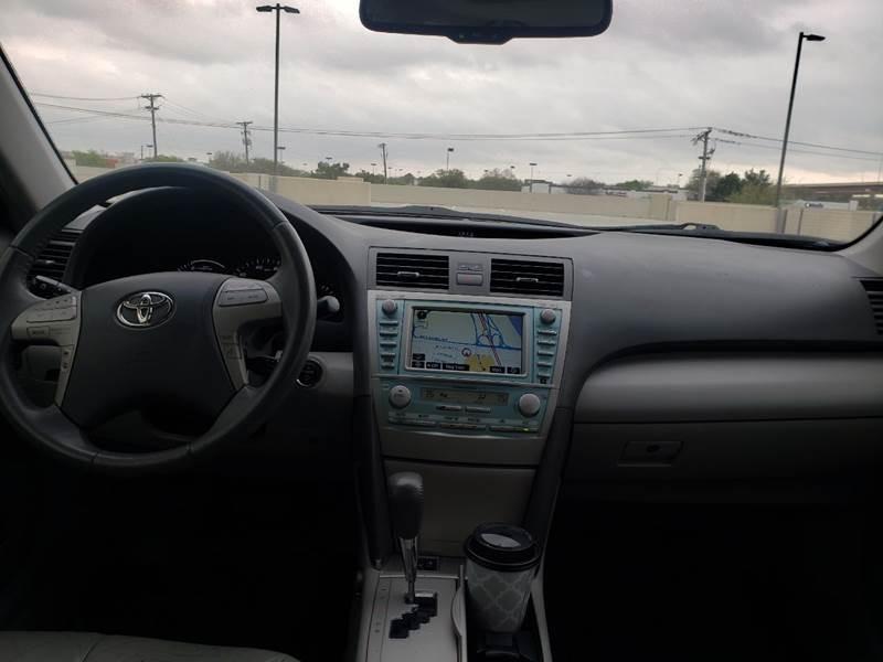 Toyota Camry Hybrid 2007 price $4,990