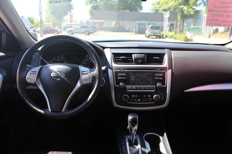 Nissan Altima 2017 price $21,889