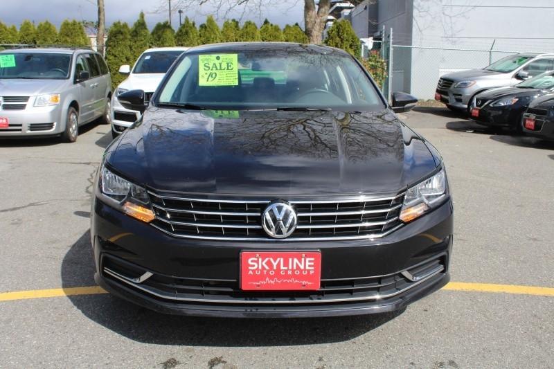 Volkswagen Passat 2017 price $22,889