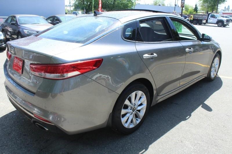 Kia Optima 2016 price $22,889