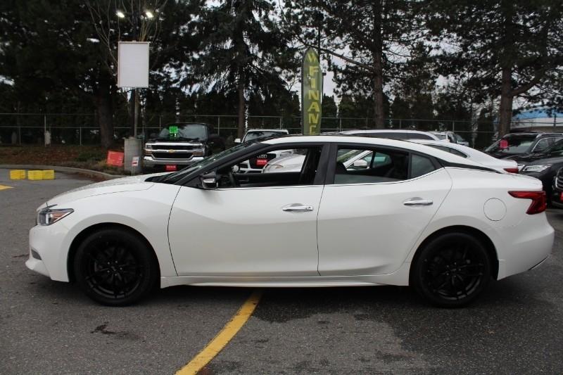 Nissan Maxima 2017 price $27,889