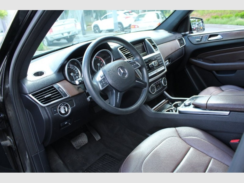 Mercedes-Benz ML350 2015 price Call for Pricing.