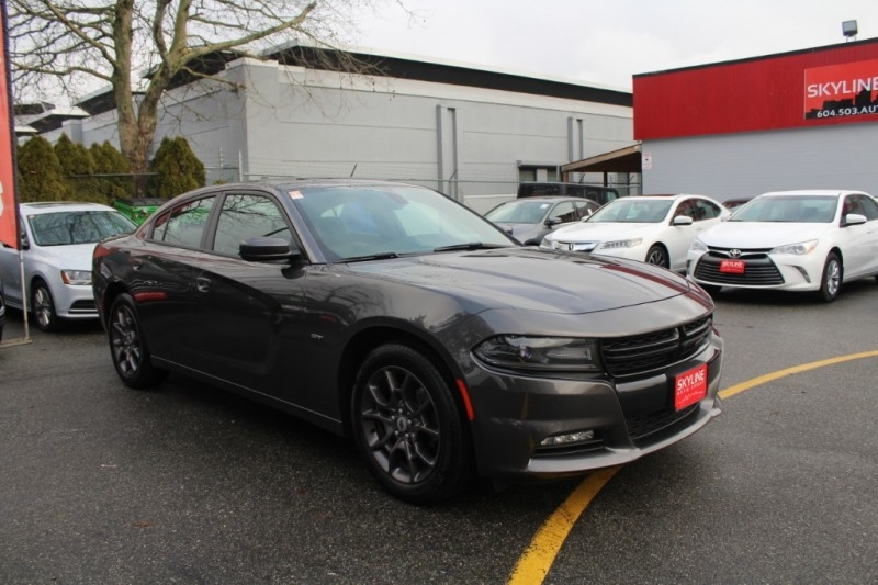 Dodge Charger 2018 price $32,889