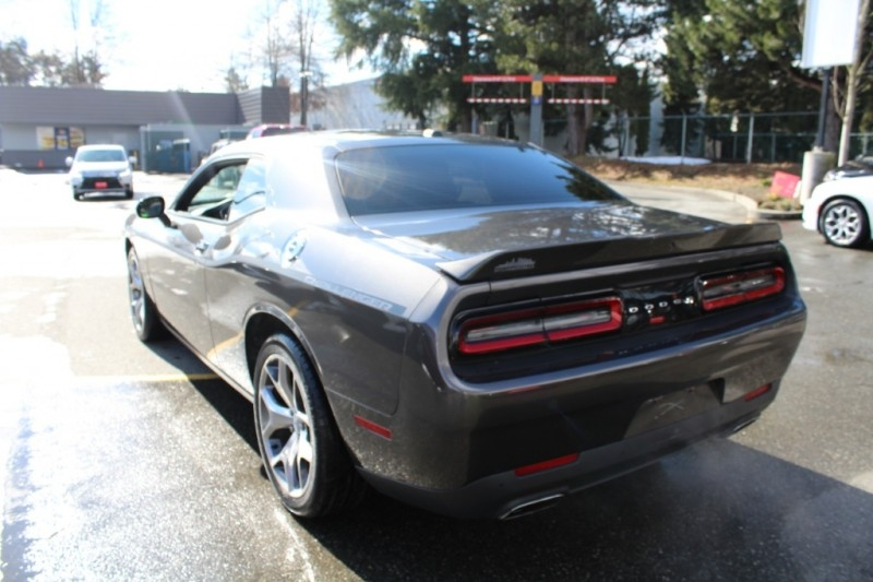 Dodge Challenger 2015 price $25,889