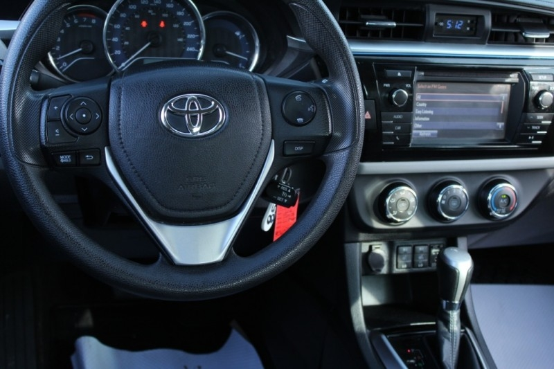 Toyota Corolla 2016 price $16,889