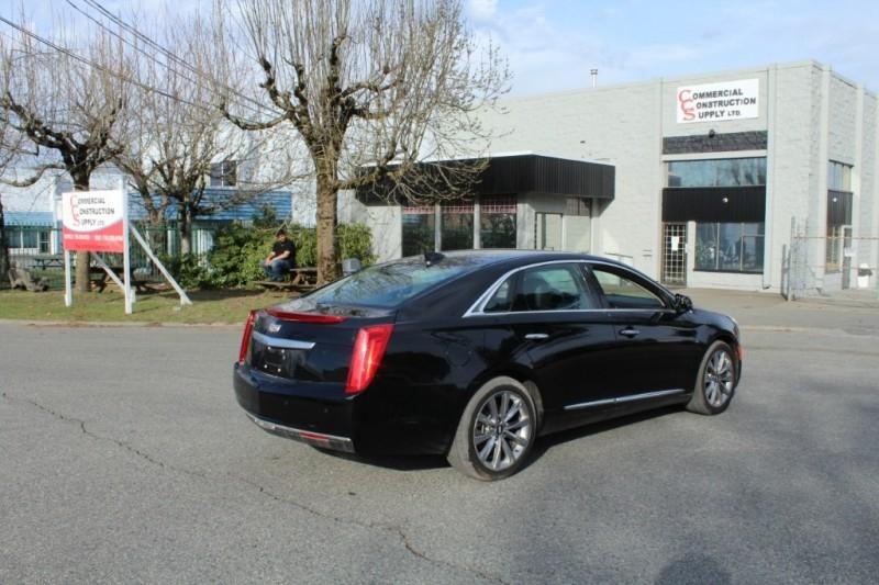 Cadillac XTS 2017 price $29,889