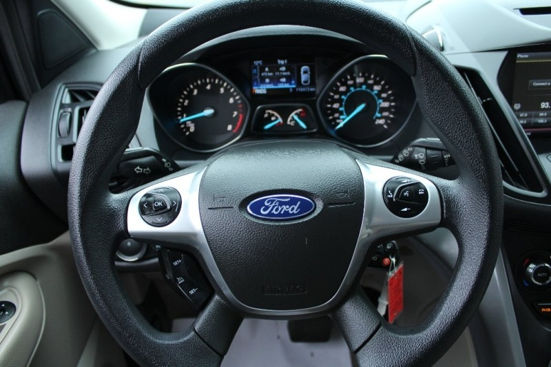 Ford Escape 2015 price $13,889