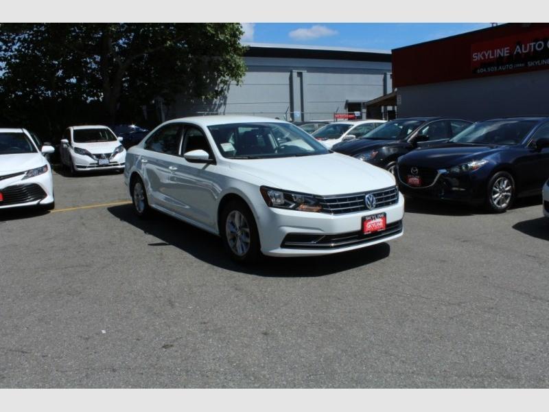 Volkswagen Passat 2018 price Call for Pricing.