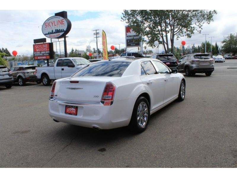 Chrysler 300 2013 price $14,889