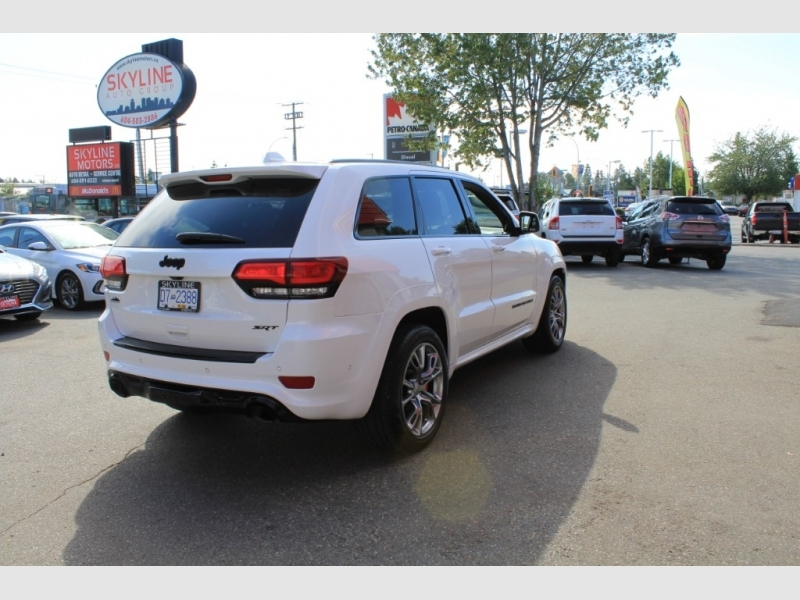 Jeep Grand Cherokee 2018 price Call for Pricing.