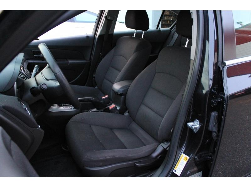 Chevrolet Cruze 2015 price $11,889