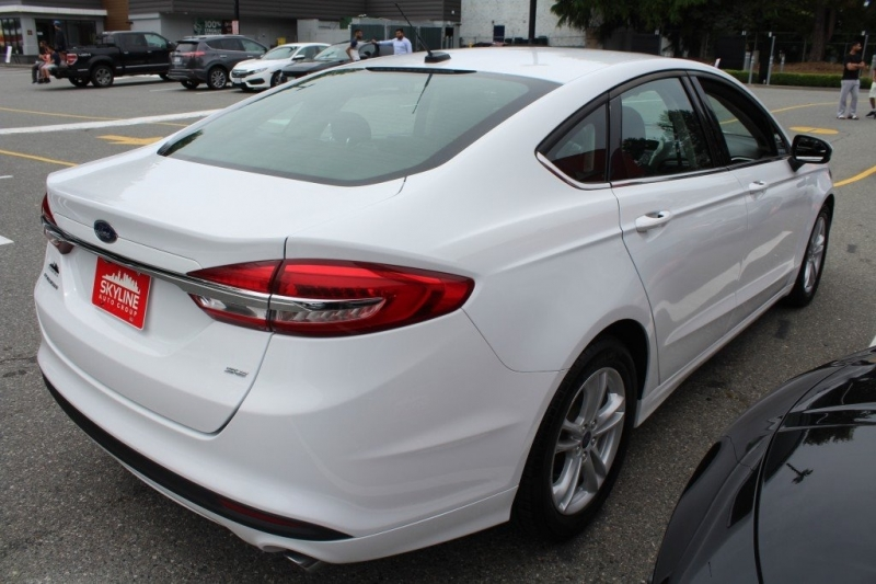 Ford Fusion 2018 price $22,889