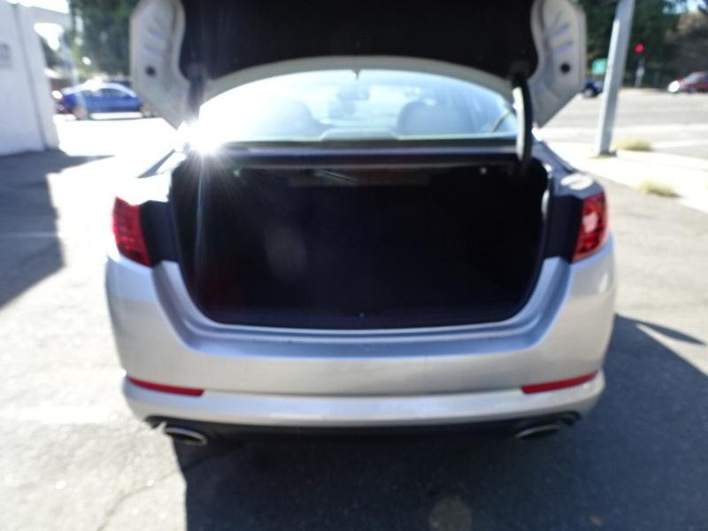 Kia Optima 2012 price $8,495