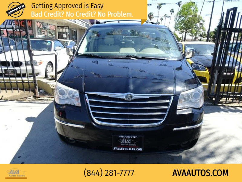 Chrysler Town & Country 2008 price $6,495