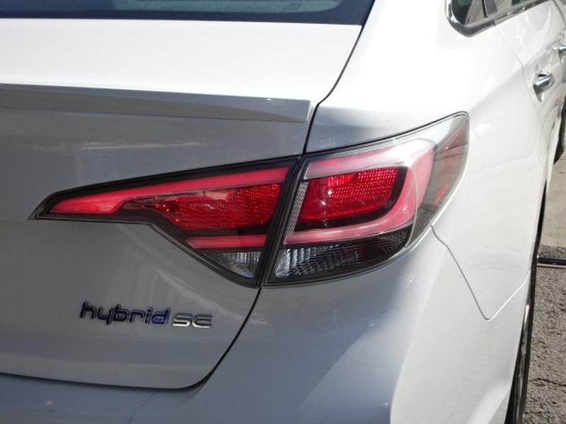 Hyundai Sonata Hybrid 2016 price $11,995