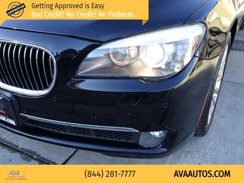 BMW 7-Series 2010 price $8,995
