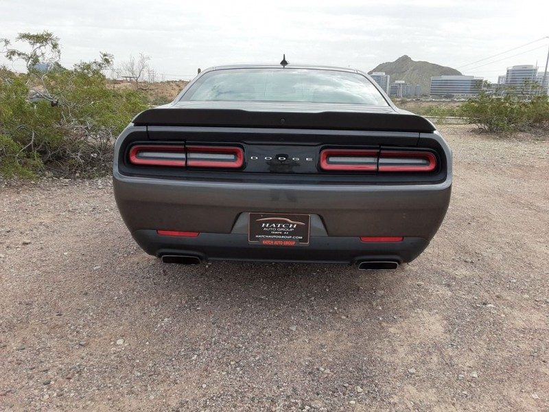 Dodge Challenger R/T Plus V8 HEMI VVT - 6-Speed Manual T 2017 price $25,990