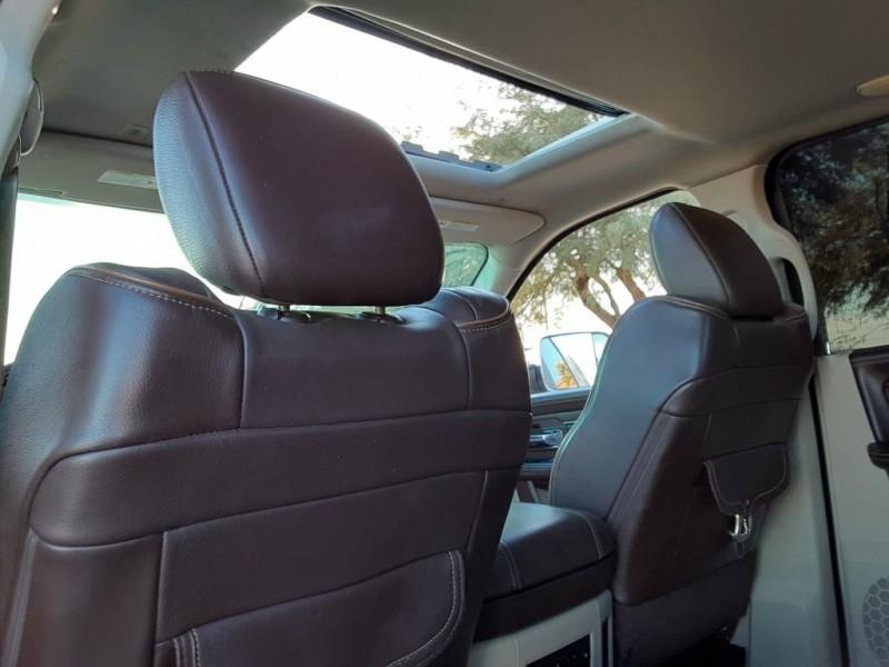 Dodge RAM 3500 MEG CAB LARAMIE LONGHORN 2017 price $47,600