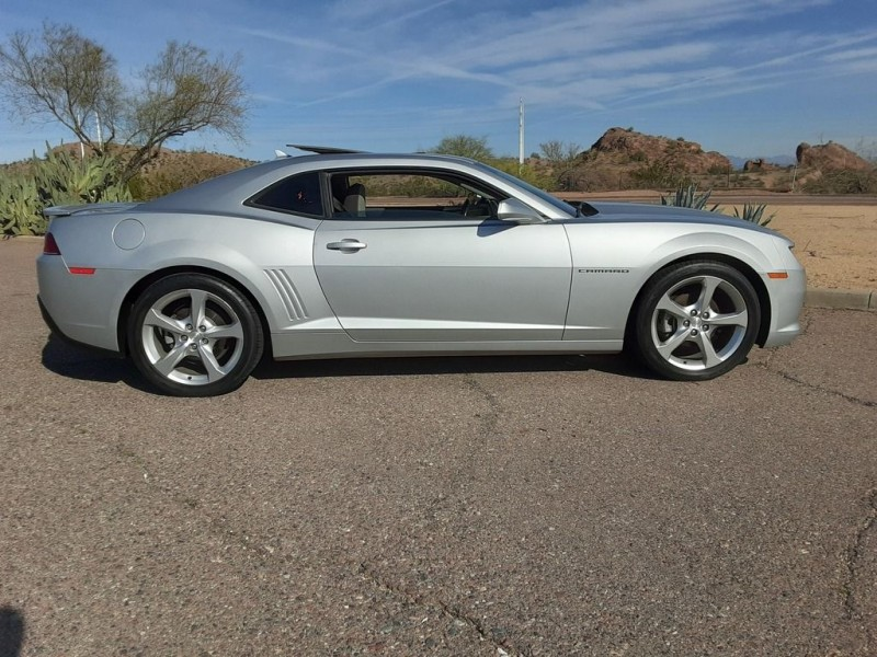 Chevrolet Camaro Coupe 1LT 2015 price $19,499
