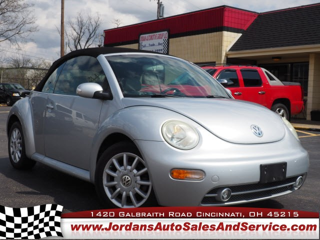 Volkswagen New Beetle Convertible 2004 price $7,995