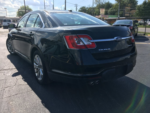 Ford Taurus 2012 price $8,995