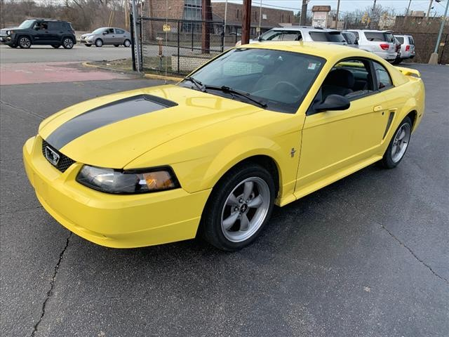 Ford Mustang 2003 price $3,985