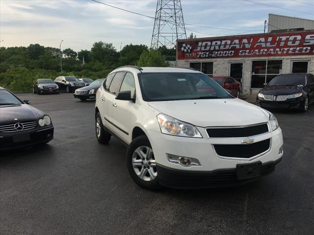 Chevrolet Traverse 2012 price $10,995