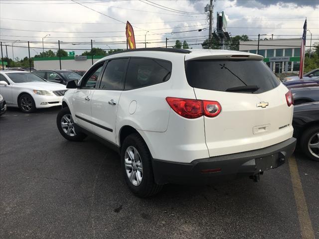 Chevrolet Traverse 2012 price $12,995