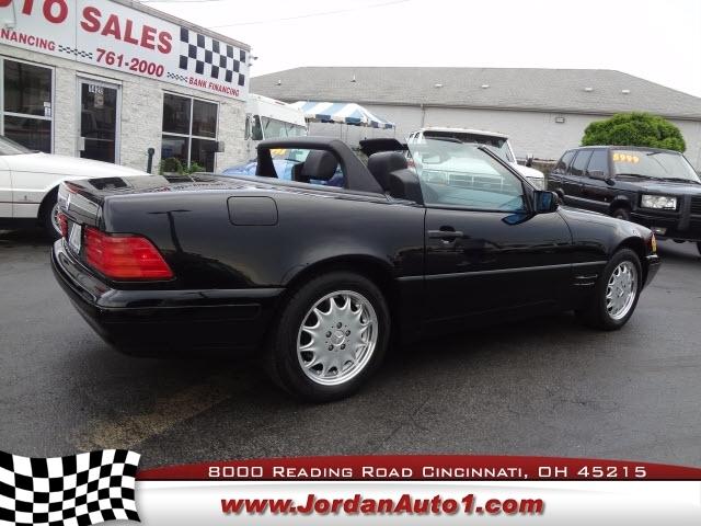Mercedes-Benz SL-Class 1997 price $19,995