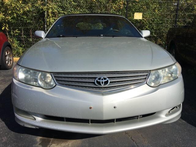 Toyota Camry 2003 price $2,990