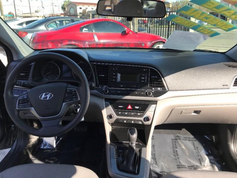 Hyundai Elantra 2018 price $13,999