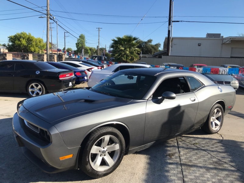 Dodge Challenger 2012 price $12,999