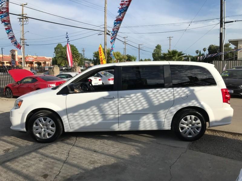 Dodge Grand Caravan 2016 price $11,999