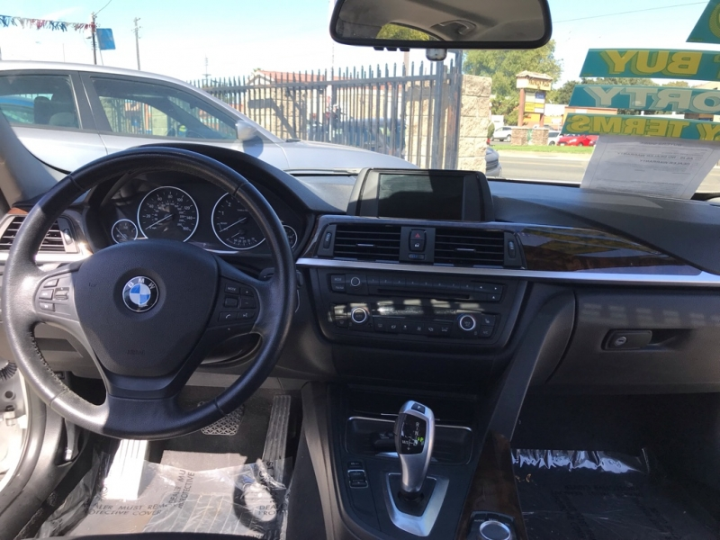 BMW 3-Series 2013 price $11,999