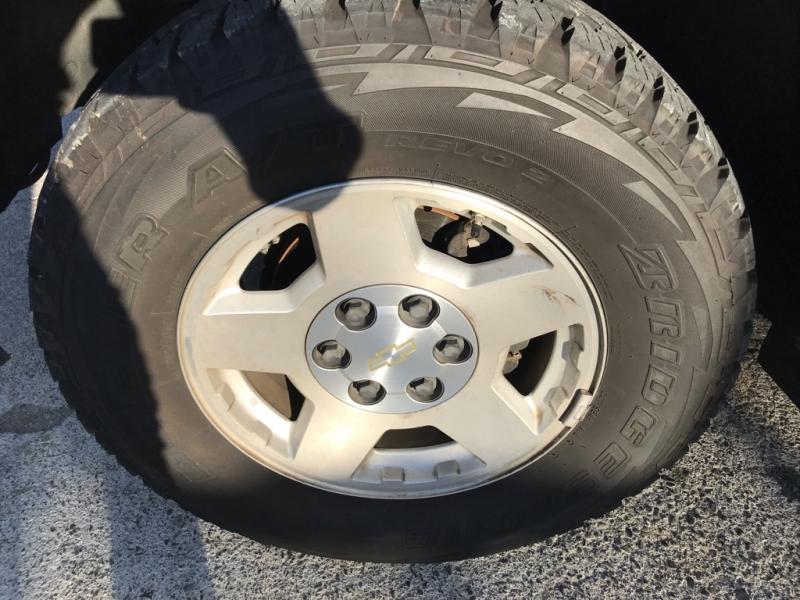 Chevrolet Tahoe 2004 price $6,999