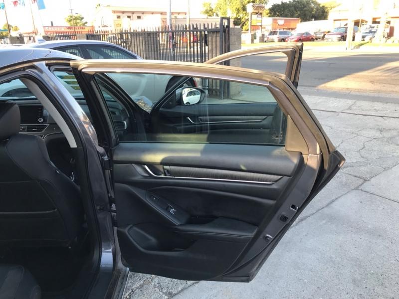 Honda Accord Sedan 2018 price $24,999
