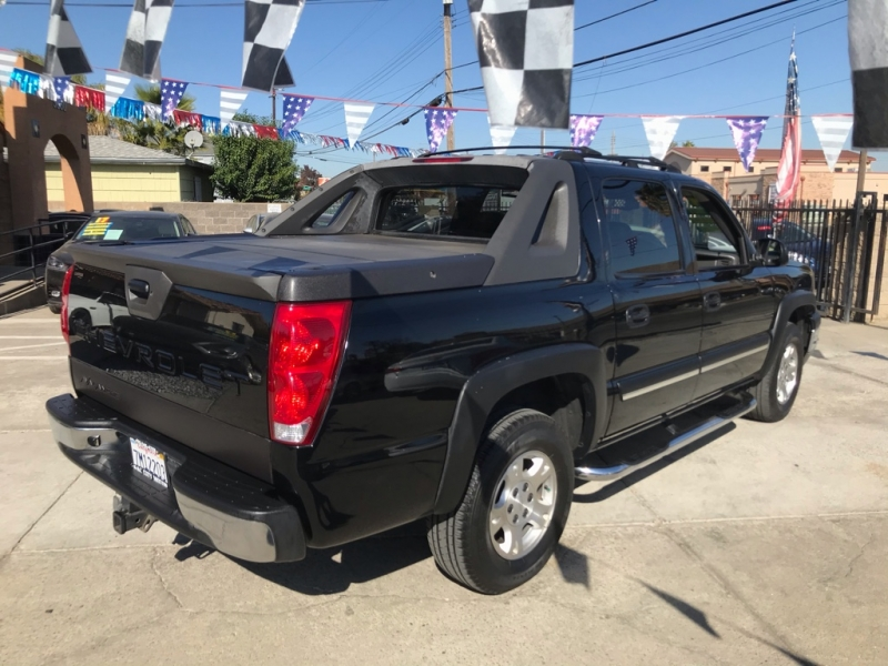 Chevrolet Avalanche 2004 price $8,999