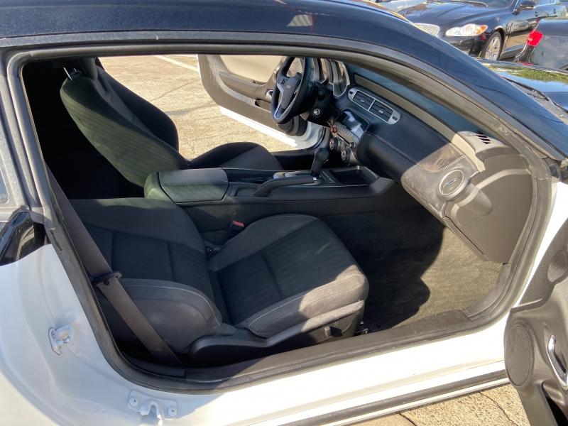 Chevrolet Camaro 2013 price $9,999