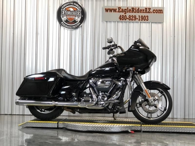2017 Harley-Davidson� FLTRX - Road Glide�