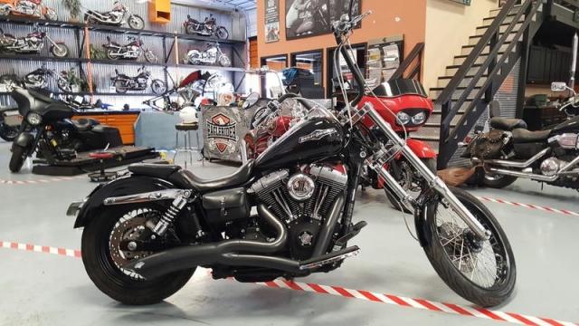2006 Harley-Davidson FXDBI - Dyna Street Bob