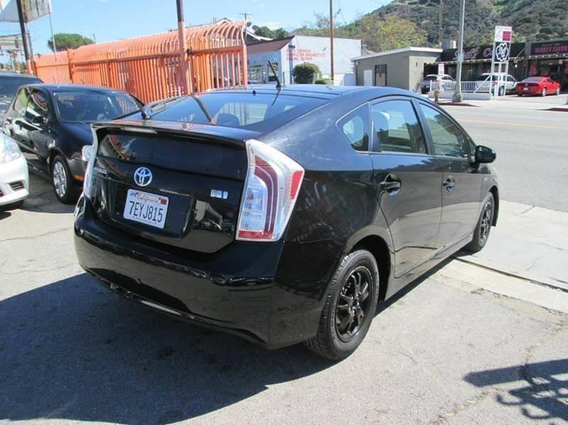 Toyota Prius 2014 price $9,950