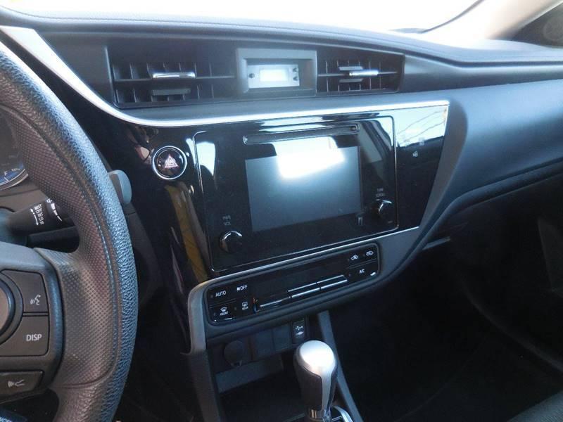 Toyota Corolla 2017 price $13,450