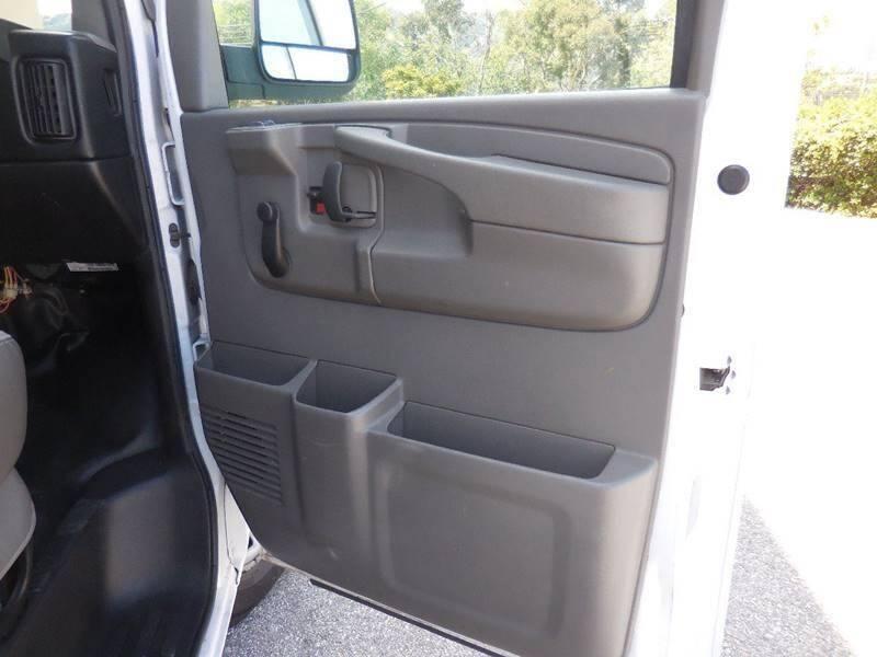 Chevrolet Express Cargo 2014 price $10,495