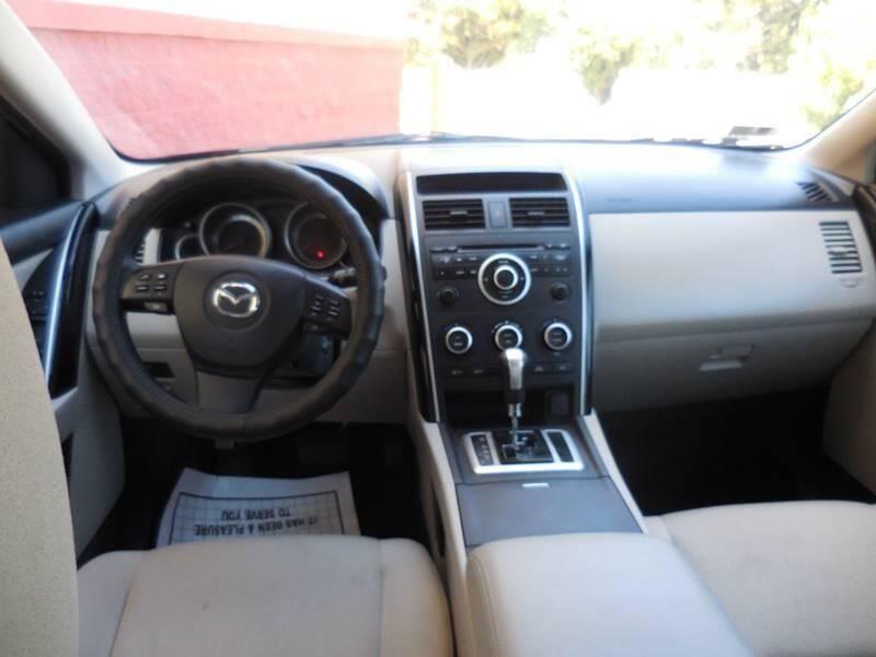 Mazda CX-9 2009 price $7,450