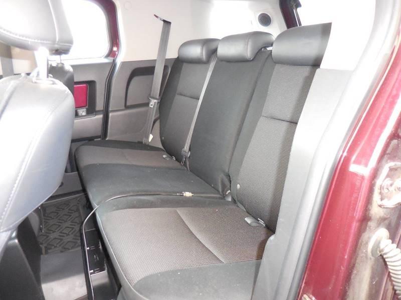 Toyota FJ Cruiser 2007 price $14,250