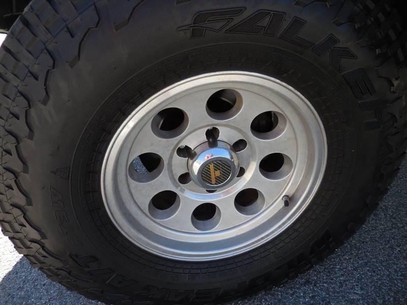 Toyota Tacoma 2013 price $17,895