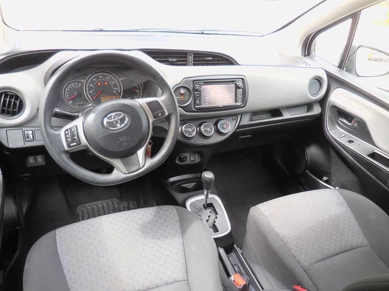 Toyota Yaris 2017 price $11,250